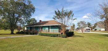 Waterfront home located on Huge lot available!